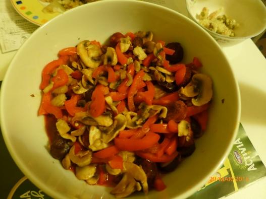 蘑菇辣椒烤肠